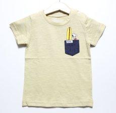 画像1: Lee(リー)×StompStamp(ストンプスタンプ)×PEANUTS(ピーナッツ) スヌーピーサーフポケット半袖Tシャツ【ベージュ】【キッズ/ベビー】【80-140cm】 (1)