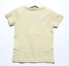 画像2: PEANUTS(ピーナッツ)×StompStamp(ストンプスタンプ) スヌーピーポケット付き半袖Tシャツ【ベージュ】【キッズ/ベビー】【80-140cm】 (2)